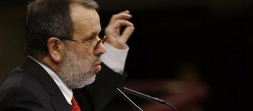 El Defensor del Pueblo pide al Gobierno que proteja a los venezolanos que viven en España