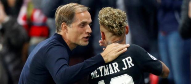 Le long contact entre Thomas Tuchel et Neymar n'est pas du goût de Willy Sagnol et Christophe Dugarry
