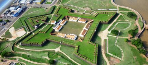 A capital do Amapá guarda surpresas inesperadas para os visitantes.