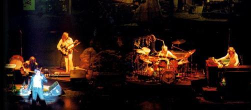 "I Genesis ""originali"" durante il tour di The Lamb lies down on Broadway (foto di Nick Contador)"