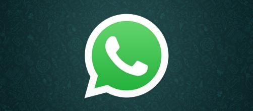 WhatsApp: con l'introduzione delle pubblicità potrebbero esserci problemi per la privacy.