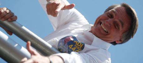 Jair Bolsonaro em campanha eleitoral. (foto reprodução)