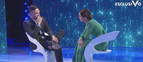 Costantino Vitagliano e Silvia Toffanin piangono per la perdita di Rosina. Blasting News