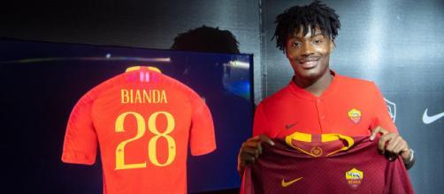 Il giovane calciatore William Bianda della Roma