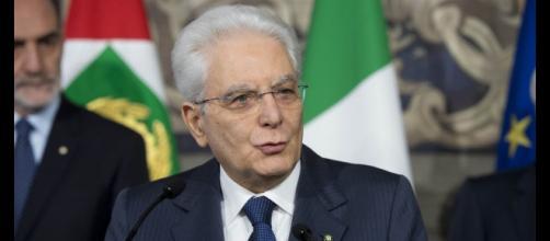 Sergio Mattarella starebbe pensando ad un messaggio alle Camere per convincerle a modificare la manovra economica