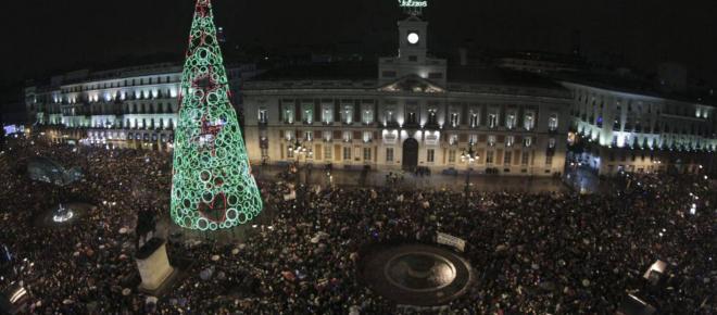 El reloj de la Puerta del Sol dará las campanadas dos veces este final de año