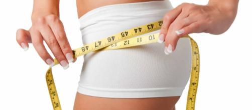 A desintoxicação alimentar trás grandes benefícios para a perda de peso.