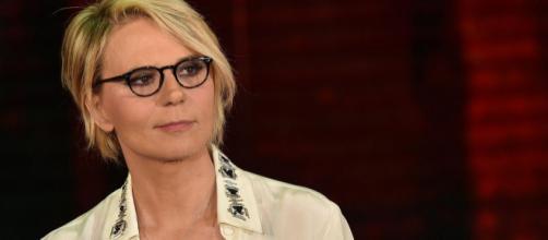 Maria De Filippi si arrabbia su Canale 5: 'Fallo a me il gesto dell'ombrello'.