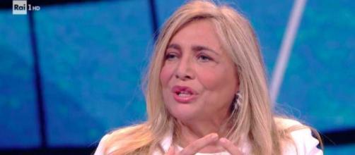 Mara Venier e Loretta Goggi in lacrime a Domenica In, per il ricordo a Gianni Brezza.