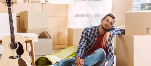 Planejamento financeiro é um importante passo para quem mora sozinho.