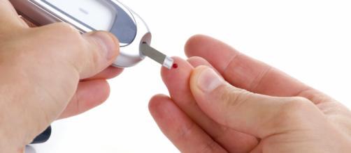 É importante que a dieta para diabetes seja composta por alimentos naturais, que colaborem para estabilizar o nível glicêmico do sangue.