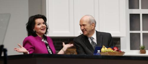 Mormon prophet surprises California Mormons with unannounced ... - religionnews.com