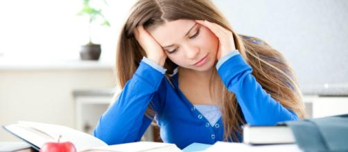 Para aprender sem professores ou aulas presenciais, é preciso muita disciplina. (foto reprodução)