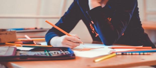 Concorsi insegnanti e assistente sociale