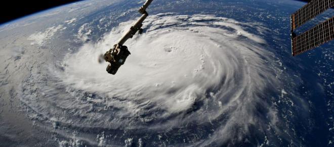 Michael le 3ème ouragan le plus puissant du pays dévaste la Floride.