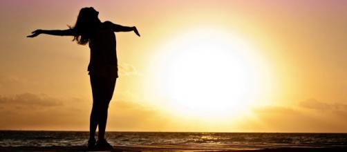 Cuidar dos pensamentos e das atitudes é algo que aumenta a autoestima.