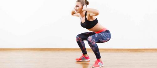 Fazer agachamento proporciona tanta coisa boa para o corpo que cada vez mais homens estão se tornando adeptos desse exercício.