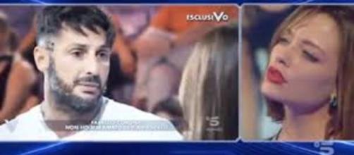 Gf Vip 3, Fabrizio Corona replica alle parole dell'ex Silvia Provvedi