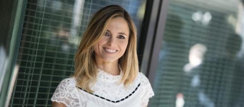 La vita in diretta: Francesca Fialdini ironizza sulla tinta di Tiberio Timperi