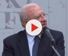 Il governatore della Campania attacca duramente il Movimento Cinque Stelle