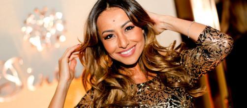 Após participar do BBB 3, Sabrina passou anos no elenco do Pânico RedeTV e Band.