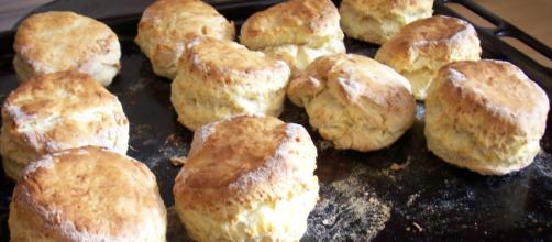 Cheese scones - [Mark Skipper / Flickr]