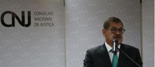 Corregedor do Conselho Nacional de Justiça, Humberto Martins, resolveu instaurar pedido que investiga o juiz Sérgio Moro