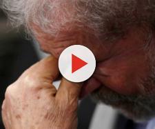 Ex-presidente Lula demonstra tristeza e desânimo na cadeia