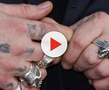 Johnny Depp modificou a palavra slim por três vezes.