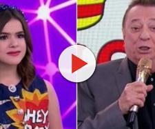 Maisa e Raul Gil no palco do Teleton 2018.