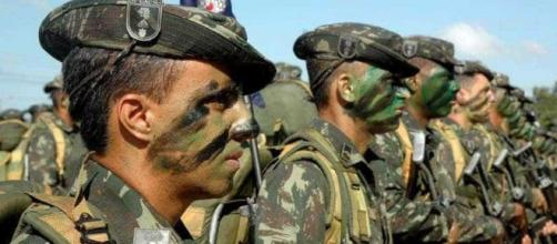 Forças Armadas poderiam intervir caso Lula ganhasse um HC