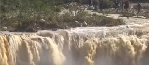 Jordan flash floods kill 11 and force tourists to flee. [Image source/Press TV YouTube video]