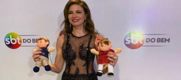 Luciana Gimenez caprichou no look para participar do Teleton, no SBT