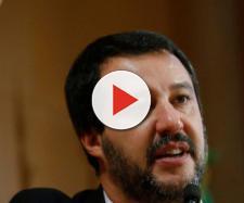 Matteo Salvini contestato da una casalinga a Roma al grido di 'buffone'