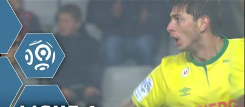But Emiliano SALA (86') / FC Nantes - Toulouse FC (1-1) - / 2015 ... - youtube.com
