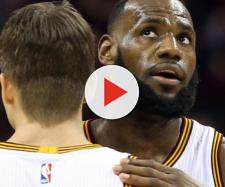 For Kyle Korver and the Cavs, life has been much different without King James. - [Cleveland.com / YouTube screencap]