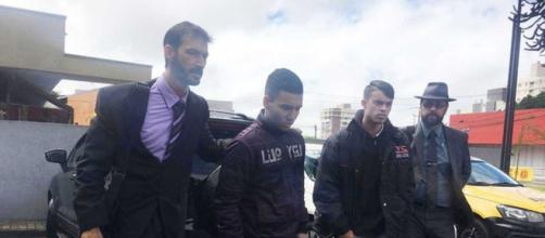 David Willian, à esquerda, foi jogador do Paraná. (foto reprodução).