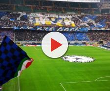 La coreografia dei tifosi dell'Inter in occasione della prima gara di Champions contro il Tottenham