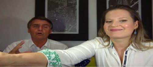Deputada Federal Joice Hasselmann em post ao lado do presidente eleito Jair Bolsonaro