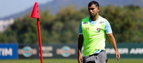Fluminense começa os treinamentos para encarar o Ceará.