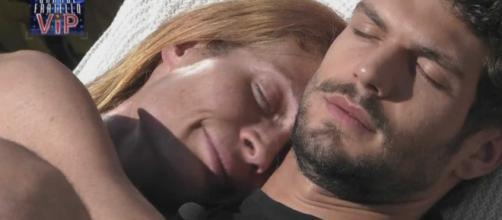 GF Vip, Elia Fongaro frena su Jane Alexander: 'È presto per dire se sono innamorato'.