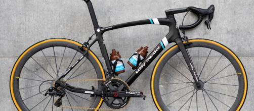 La bici Merckx che sarà usata dai corridori della AG2R