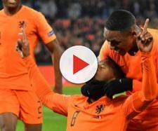 La gioia degli olandesi dopo il primo gol alla Francia