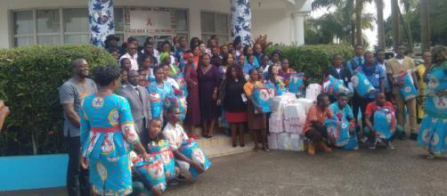 Le siège de Synergies africaines lors de la remise de dons (c) Odile Pahai