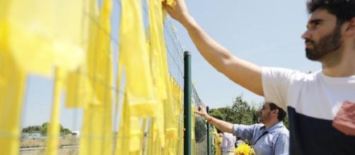 El Congreso rechaza prohibir los lazos amarillos en los edificios públicos
