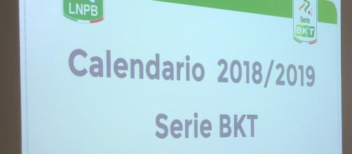 Calendario Verona Serie B.Serie B Verona Palermo La Partita In Diretta Tv Su Rai