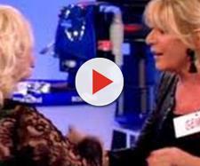 Spoiler Uomini e Donne: la Cipollari mette in ridicolo Gemma alzandole la gonna