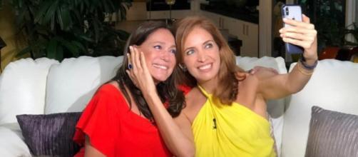 A atriz deu entrevista para Poliana Abritta