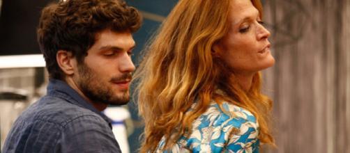 Jane Alexander racconta: 'Volevo fare l'amore con due comici', Elia Fongaro la umilia
