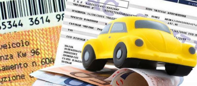 Bollo auto, si pagherà in base alle emissioni: in arrivo la proposta del governo